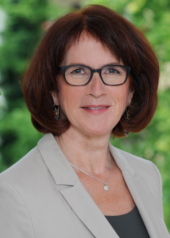 Kontakt the human factor - Gudrun Hoehne
